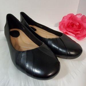 Earth Shoes Flats